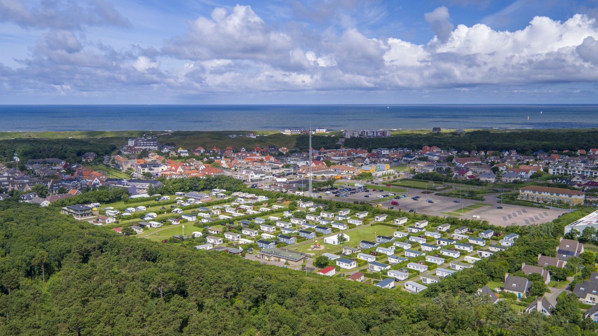 Luchtfoto camping Coogherveld Texel VVV Texel