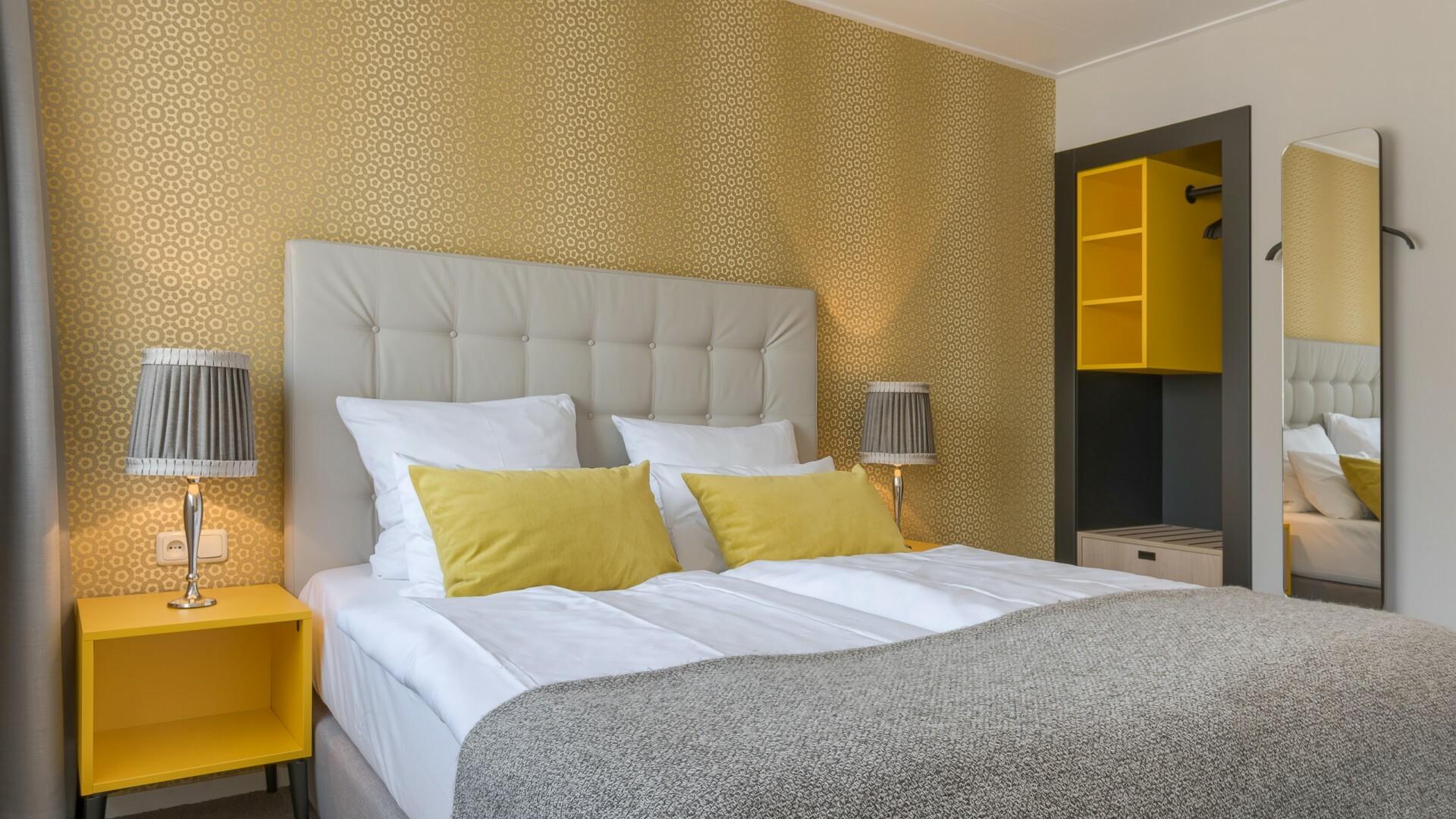 Hotelkamer bed comfort Hotel Op Diek VVV Texel