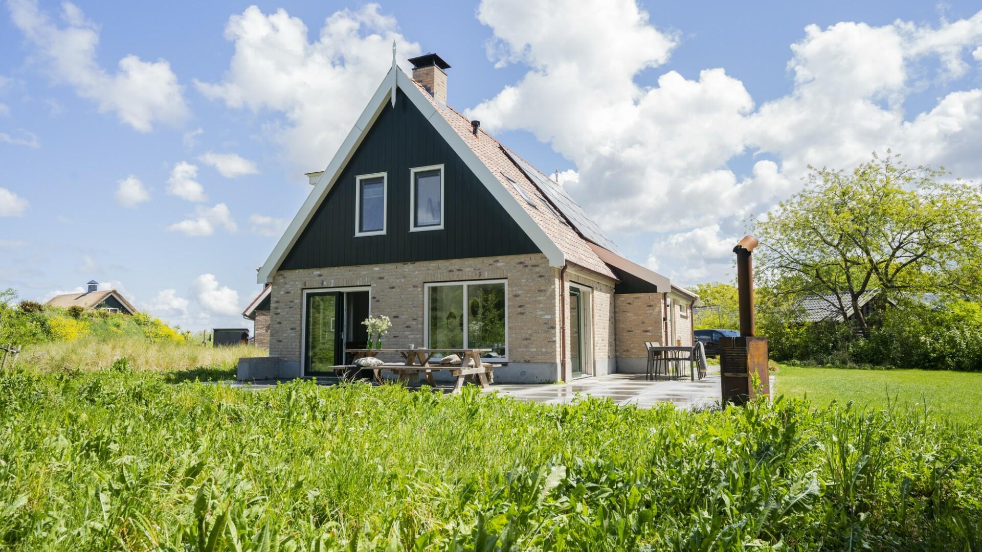 Buitenduin natuurhuisje VVV Texel