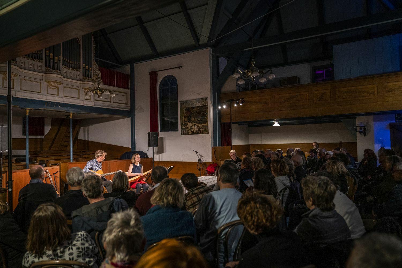 Voorstelling cultuurnacht Oosterend fotograaf Liselotte Schoo VVV Texel