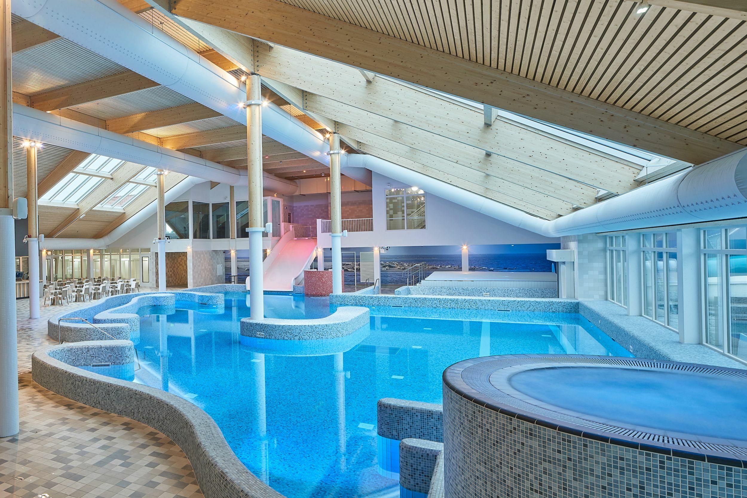 Binnenzwembad Vakantiepark De Krim VVV Texel